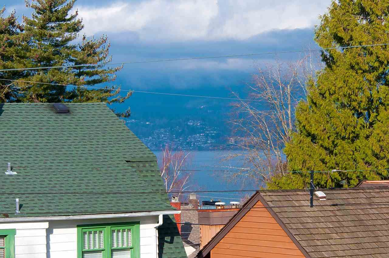 Photo 19: Photos: 4685 W 6TH Avenue in Vancouver: Point Grey House for sale (Vancouver West)  : MLS®# R2283313