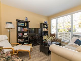 Photo 5: 1165 VIDAL STREET in South Surrey White Rock: White Rock Home for sale ()  : MLS®# R2101802