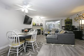 """Photo 2: 108 33165 OLD YALE Road in Abbotsford: Central Abbotsford Condo for sale in """"Sommerset Ridge"""" : MLS®# R2416617"""