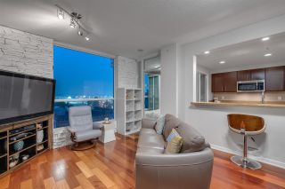 Photo 2: 902 189 NATIONAL AVENUE in Vancouver: Downtown VE Condo for sale (Vancouver East)  : MLS®# R2560325