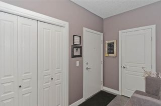 Photo 5: 209 208 HOLY CROSS Lane SW in Calgary: Mission Condo for sale : MLS®# C4113937