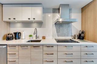"""Photo 5: 611 1783 MANITOBA Street in Vancouver: False Creek Condo for sale in """"The Residences at West"""" (Vancouver West)  : MLS®# R2155834"""