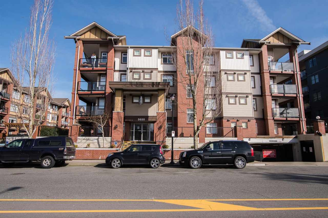 "Main Photo: 109 5650 201A Street in Langley: Langley City Condo for sale in ""PADDINGTON STATION"" : MLS®# R2549015"