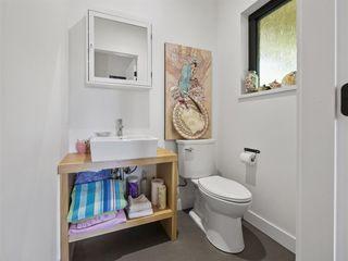 "Photo 13: 1097 - 1099 EMERY Road: Roberts Creek House for sale in ""Heart of the creek"" (Sunshine Coast)  : MLS®# R2427005"