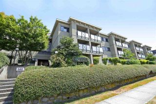 """Photo 1: 301 140 E 4TH Street in North Vancouver: Lower Lonsdale Condo for sale in """"Harbourside Terrace"""" : MLS®# R2189487"""
