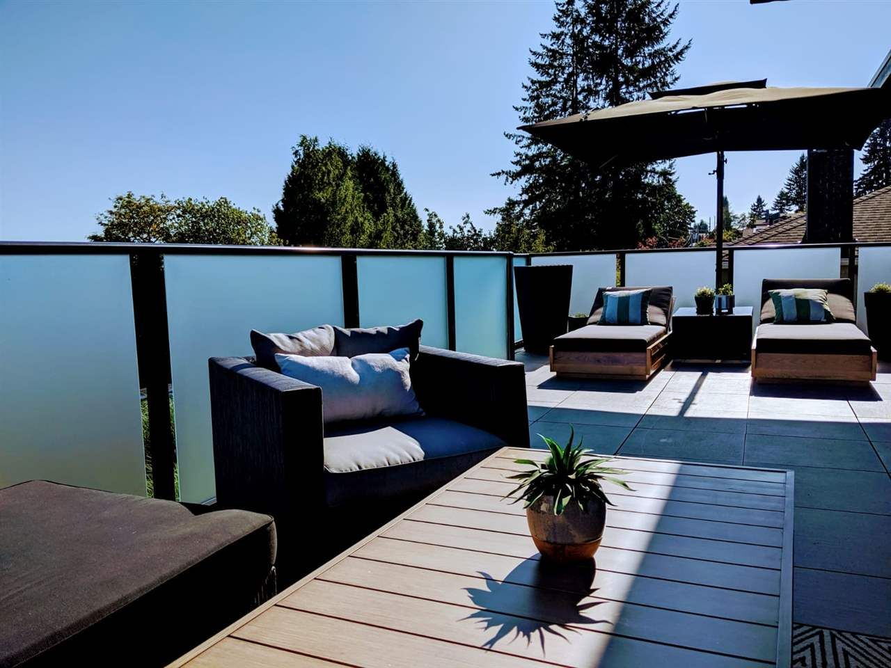 Photo 13: Photos: 882 WHITCHURCH Street in North Vancouver: Calverhall House for sale : MLS®# R2537806