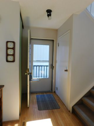 Photo 3: 40 Birch Drive: Gibbons House for sale : MLS®# E4239751