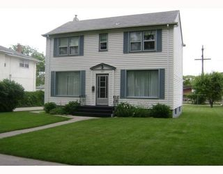 Photo 1:  in WINNIPEG: West Kildonan / Garden City Residential for sale (North West Winnipeg)  : MLS®# 2914369