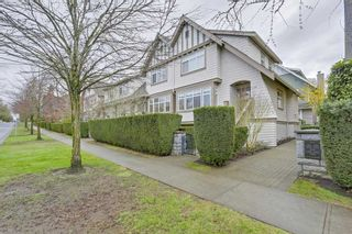 """Photo 1: 5372 LARCH Street in Vancouver: Kerrisdale Townhouse for sale in """"LARCHWOOD"""" (Vancouver West)  : MLS®# R2239584"""