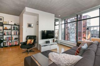 "Photo 3: 803 128 W CORDOVA Street in Vancouver: Downtown VW Condo for sale in ""WOODWARDS W43"" (Vancouver West)  : MLS®# R2241482"