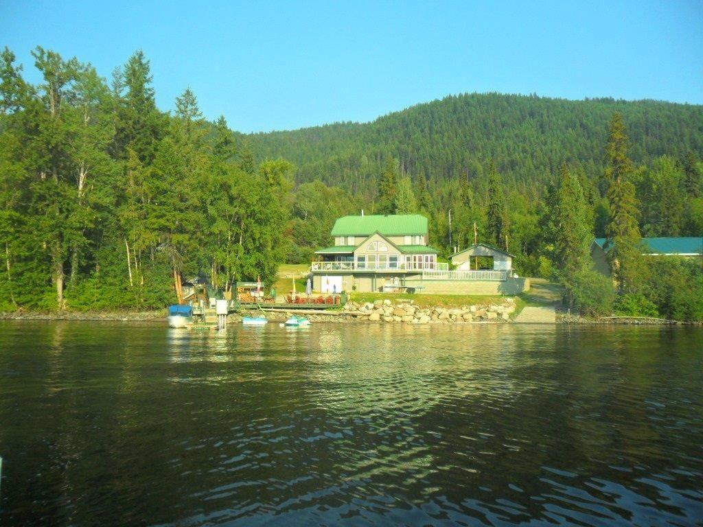 Canim Lake Retreat