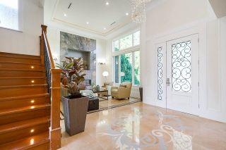 "Photo 4: 10351 CORNERBROOK Crescent in Richmond: Steveston North House for sale in ""STEVESTON NORTH"" : MLS®# R2530209"