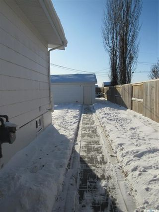 Photo 5: 419 2nd Avenue in Allan: Residential for sale : MLS®# SK842848