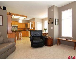 "Photo 4: 20842 97B Avenue in Langley: Walnut Grove House for sale in ""WYNDSTAR"" : MLS®# F2813054"