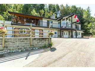 """Photo 2: 39170 OLD YALE Road in Abbotsford: Sumas Prairie House for sale in """"ARNOLD"""" : MLS®# R2197988"""