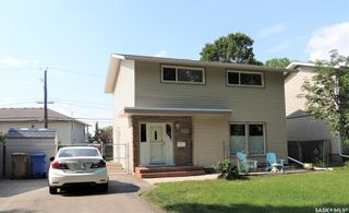 Photo 2: 820 Shannon Road in Regina: Whitmore Park Residential for sale : MLS®# SK864496