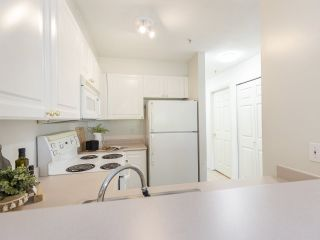 """Photo 15: 309 2388 TRIUMPH Street in Vancouver: Hastings Condo for sale in """"Royal Alexandra"""" (Vancouver East)  : MLS®# R2537216"""