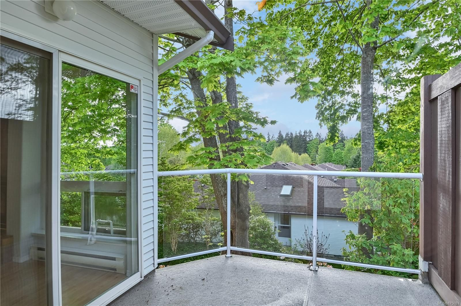 Main Photo: 52 251 McPhedran Rd in Campbell River: CR Campbell River Central Condo for sale : MLS®# 875653