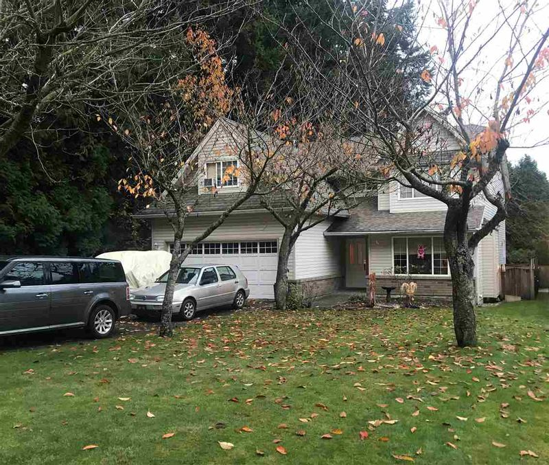 FEATURED LISTING: 1862 LILAC Drive Surrey