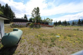 Photo 40: 7823 Squilax Anglemont Road in Anglemont: North Shuswap House for sale (Shuswap)  : MLS®# 10116503