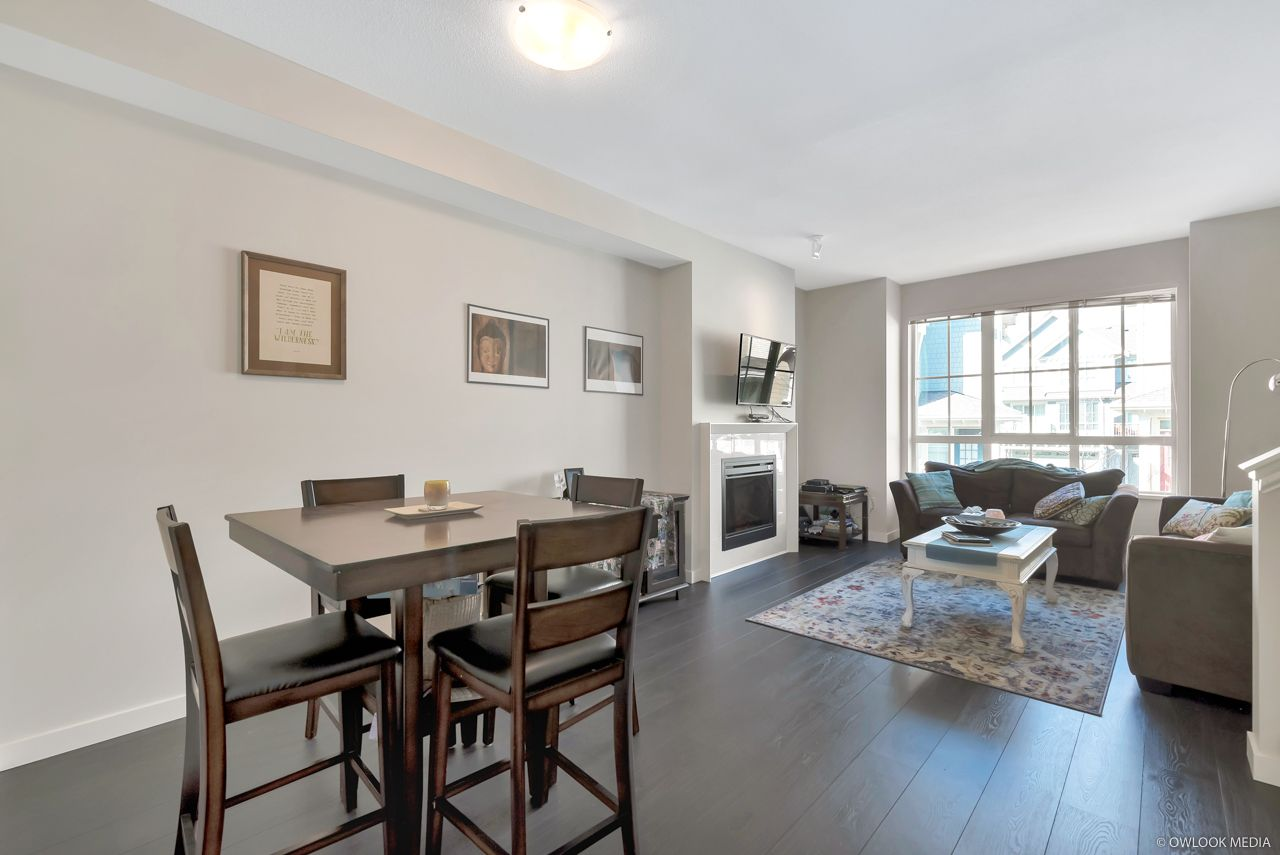 """Main Photo: 32 5510 ADMIRAL Way in Delta: Neilsen Grove Townhouse for sale in """"CHARTER HOUSE"""" (Ladner)  : MLS®# R2411991"""