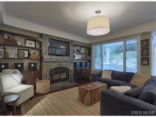 Photo 7: 710 Red Cedar Court in : Hi Western Highlands House for sale (Highlands)  : MLS®# 318998