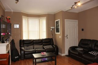 """Photo 6: 5 33321 GEORGE FERGUSON Way in Abbotsford: Central Abbotsford Townhouse for sale in """"Cedar Lane"""" : MLS®# R2323377"""