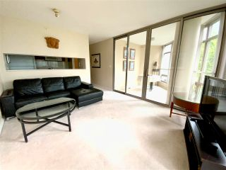 """Photo 7: 405 1200 ALBERNI Street in Vancouver: West End VW Condo for sale in """"Palisades"""" (Vancouver West)  : MLS®# R2583731"""