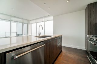 Photo 10: 2504 258 NELSON'S Crescent in New Westminster: Sapperton Condo for sale : MLS®# R2581750