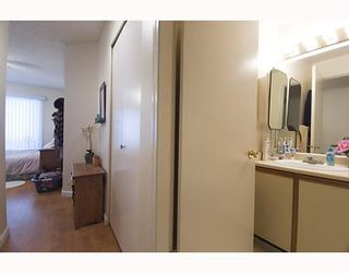 """Photo 8: 105 921 THURLOW Street in Vancouver: West End VW Condo for sale in """"KRISTOFF PLACE"""" (Vancouver West)  : MLS®# V774226"""