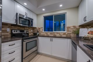 """Photo 12: 1202 130 E 2ND Street in North Vancouver: Lower Lonsdale Condo for sale in """"The Olympic"""" : MLS®# R2416935"""