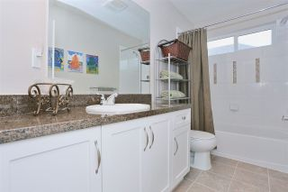"""Photo 17: 17797 70 Avenue in Surrey: Cloverdale BC House for sale in """"Saddle Creek at Provinceton"""" (Cloverdale)  : MLS®# R2049799"""