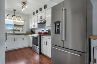 """Photo 5: 46 5850 177B Street in Surrey: Cloverdale BC Townhouse for sale in """"Dogwood Gardens"""" (Cloverdale)  : MLS®# R2577262"""