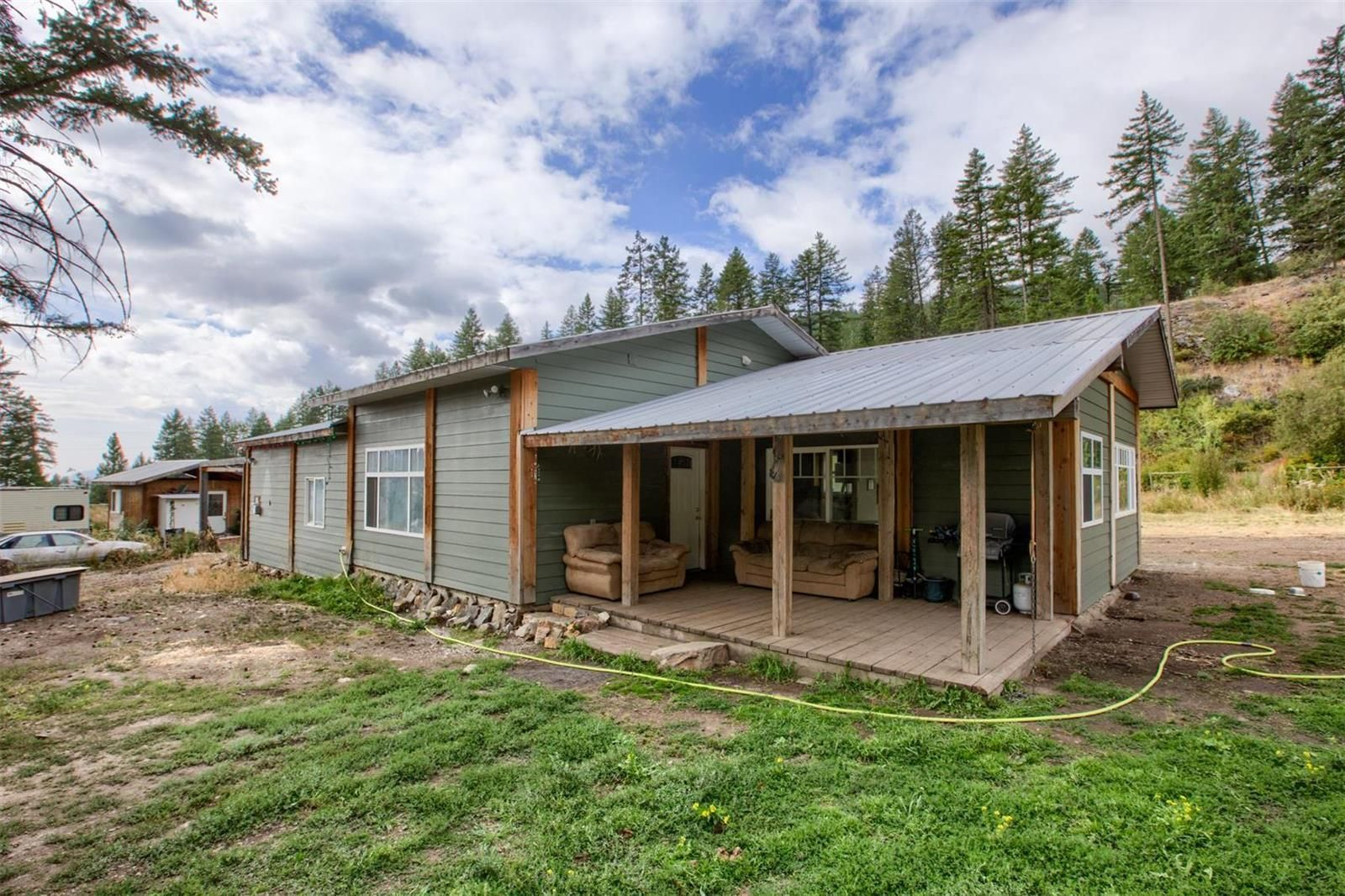 Main Photo: 3001 Fairview Road, in Oliver: House for sale : MLS®# 10238973