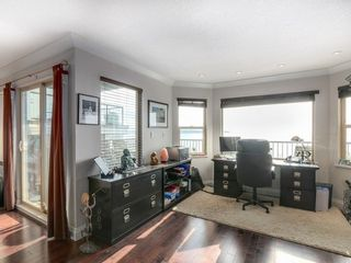 Photo 4: 15328 COLUMBIA Ave in South Surrey White Rock: White Rock Home for sale ()  : MLS®# F1433512