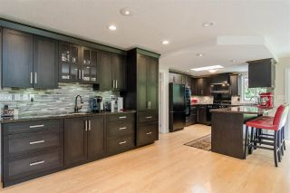 "Photo 4: 34661 WALKER Crescent in Abbotsford: Abbotsford East House for sale in ""Skyline"" : MLS®# R2369860"