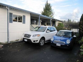 """Photo 1: 104 9950 WILSON Street in Mission: Stave Falls Manufactured Home for sale in """"Ruskin Place"""" : MLS®# R2123611"""