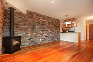 """Photo 4: 407 2515 ONTARIO Street in Vancouver: Mount Pleasant VW Condo for sale in """"ELEMENTS"""" (Vancouver West)  : MLS®# R2528697"""