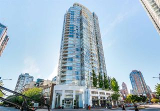 Photo 1: 602 1201 MARINASIDE Crescent in Vancouver: Yaletown Condo for sale (Vancouver West)  : MLS®# R2561753