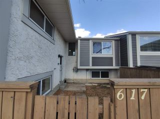 Photo 2: 617 WILLOW Court in Edmonton: Zone 20 Townhouse for sale : MLS®# E4240876