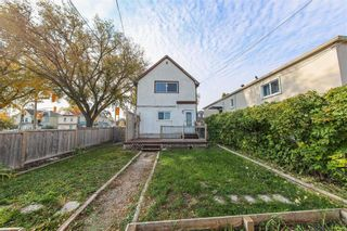 Photo 3: 215 Johnson Avenue in Winnipeg: Elmwood Residential for sale (3A)  : MLS®# 202124211