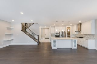 Photo 13: 9654 75 Avenue in Edmonton: Zone 17 House for sale : MLS®# E4225563