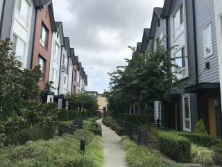 """Photo 3: 32 6868 BURLINGTON Avenue in Burnaby: Metrotown Townhouse for sale in """"Metro"""" (Burnaby South)  : MLS®# R2403325"""