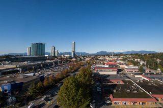 """Photo 5: 1302 13618 100 Avenue in Surrey: Whalley Condo for sale in """"INFINITY"""" (North Surrey)  : MLS®# R2512919"""