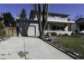 Photo 2: 87 Thatcher Drive in WINNIPEG: Fort Garry / Whyte Ridge / St Norbert Residential for sale (South Winnipeg)  : MLS®# 1308215