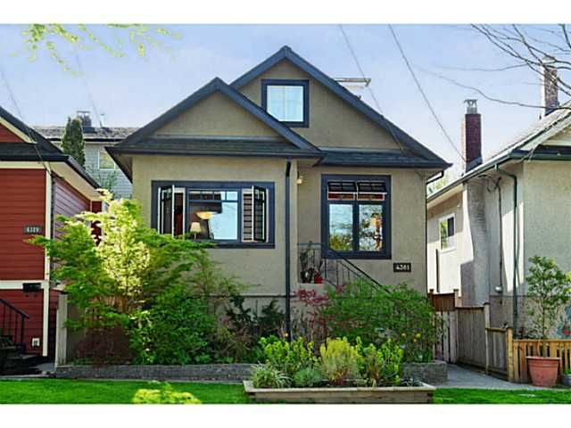 """Main Photo: 4381 QUEBEC Street in Vancouver: Main House for sale in """"MAIN STREET"""" (Vancouver East)  : MLS®# V1003822"""