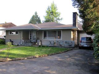 Photo 2: 22034 LOUGHEED Highway in Maple Ridge: West Central House for sale : MLS®# R2058894