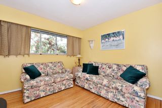 """Photo 12: 4785 FAIRLAWN Drive in Burnaby: Brentwood Park House for sale in """"Brentwood Park"""" (Burnaby North)  : MLS®# R2305657"""