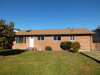 Photo 1: 557 RUPERT Street in Hope: Hope Center House for sale : MLS®# R2414830