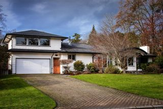 Photo 2: 3300 Exeter Rd in : OB Uplands House for sale (Oak Bay)  : MLS®# 862866